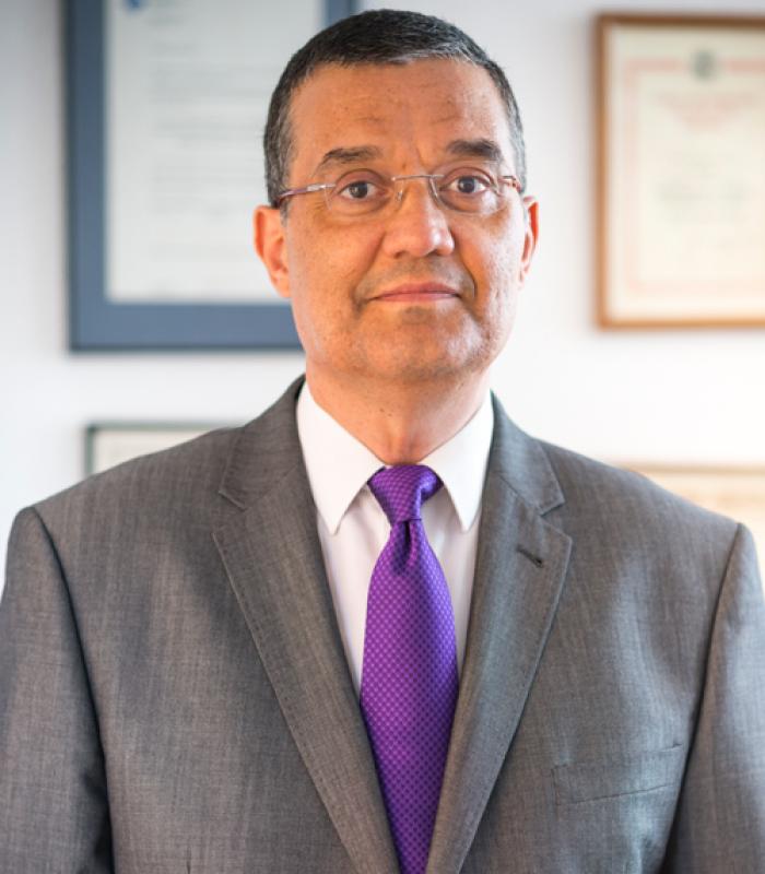 Juan E. Segura - Abogado